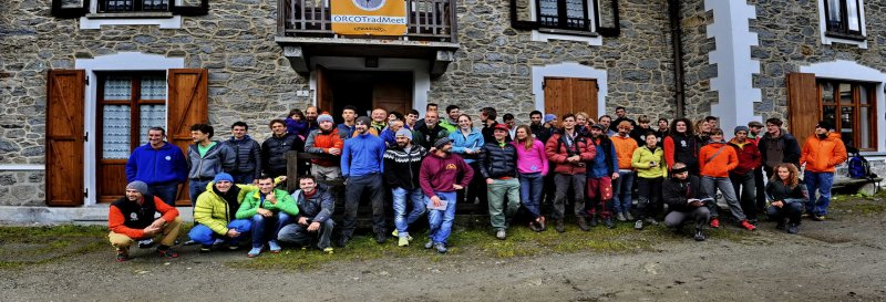 15 - Gruppo 2014.jpg